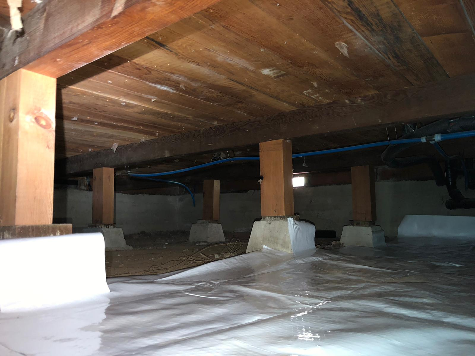 Crawlspace vapor barrier in Walnut Creek CA | Attic Insulation Service Fiberglass Insulation